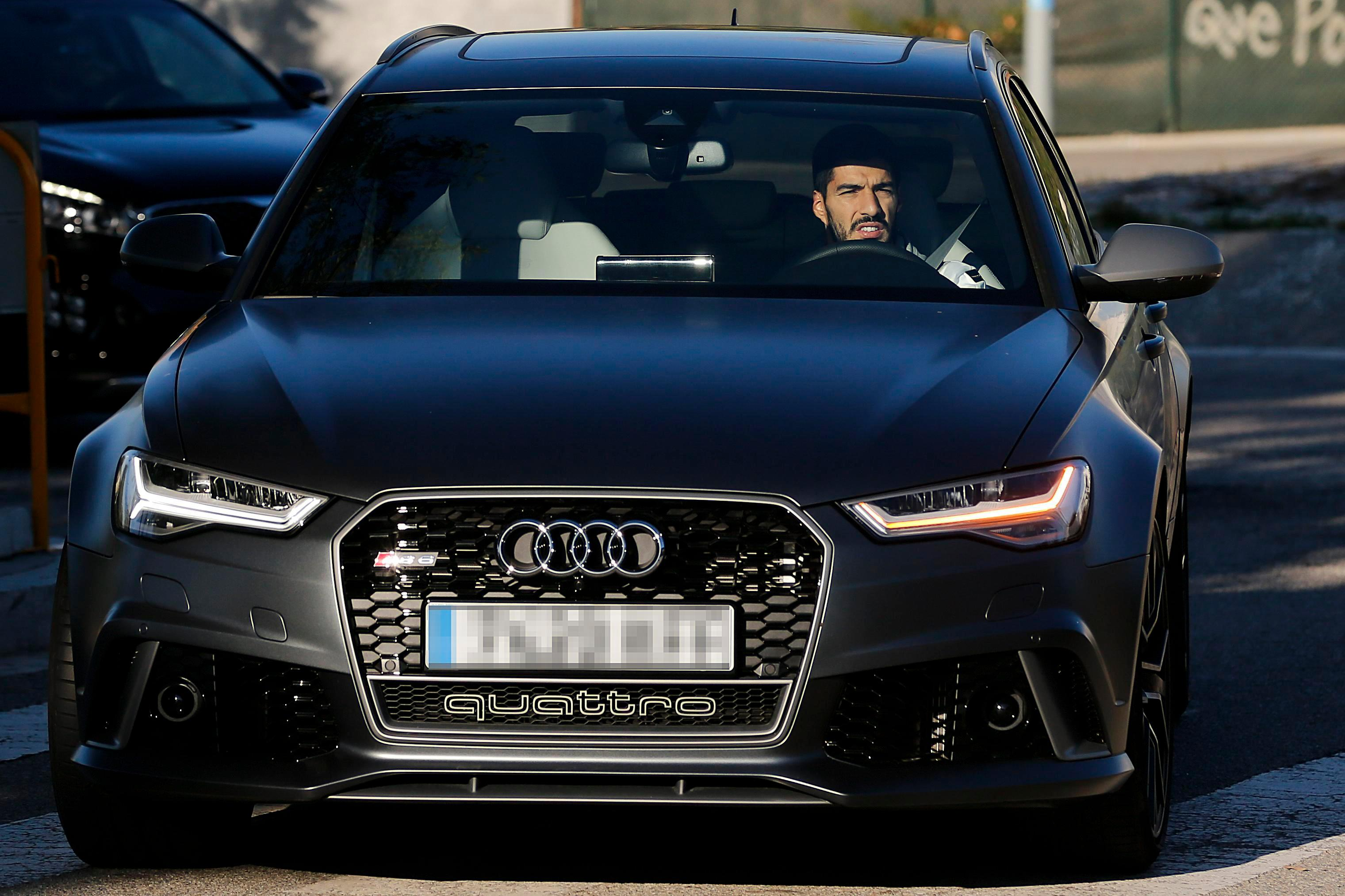 Luis Suarez And His Standard Car Collection Uae Yallamotor