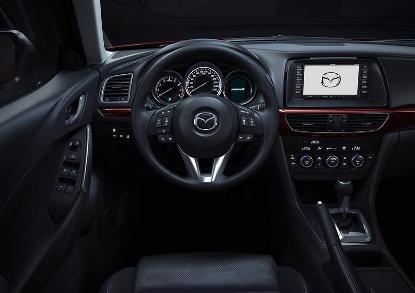 Amazing Mazda 6 2014 2.0, Qatar