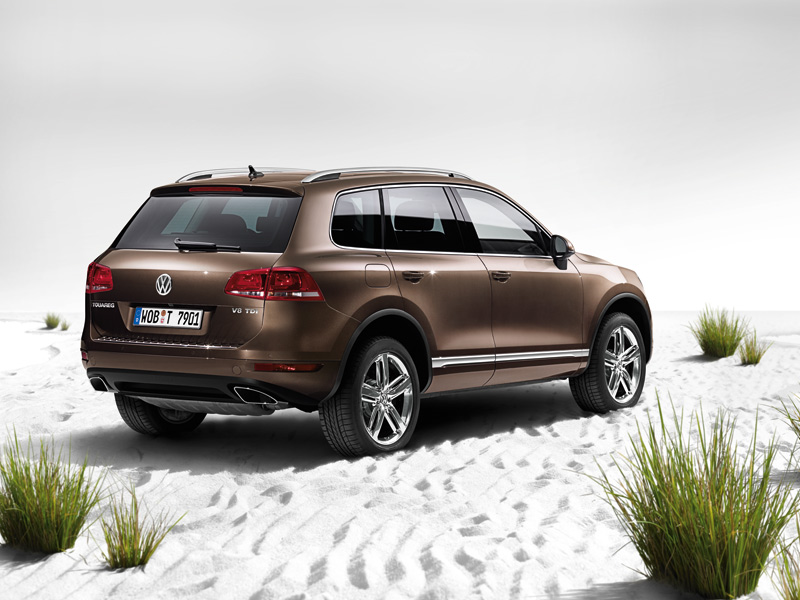 volkswagen touareg 2014 r line in bahrain new car prices. Black Bedroom Furniture Sets. Home Design Ideas
