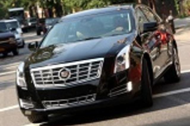 Cadillac xts vs chrysler 300