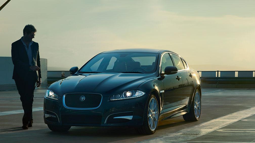 Jaguar XF 2014, Oman