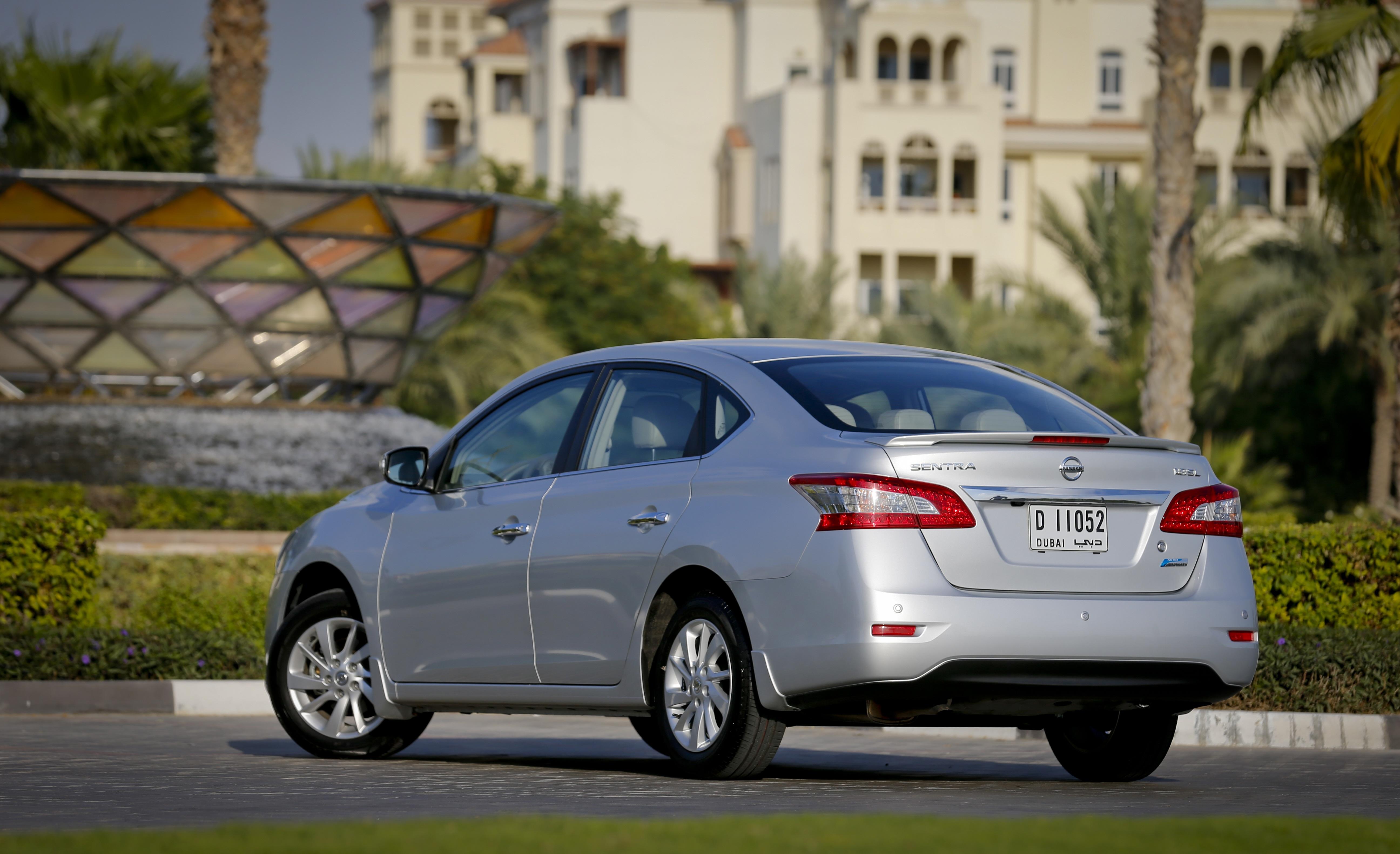 نيسان سنترا 2014 1.6L S, الإمارات