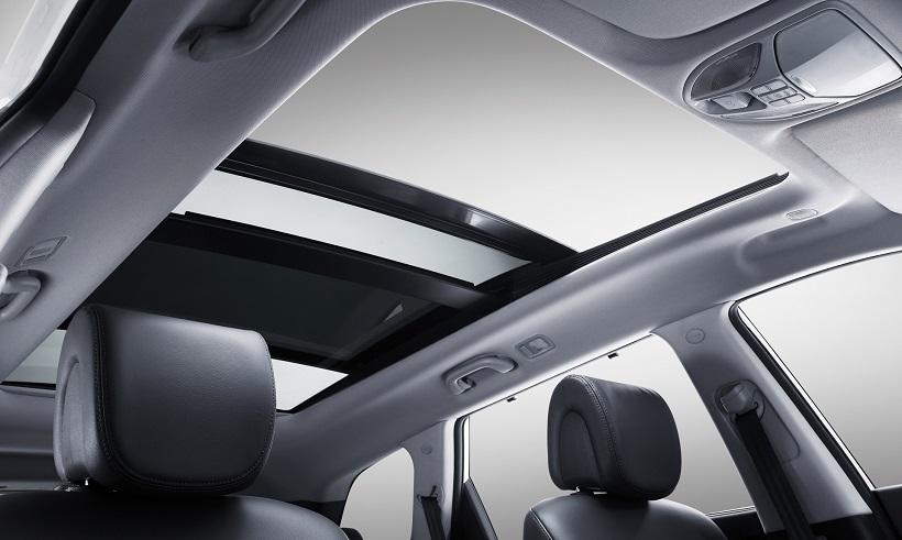hyundai grand santa fe 2014 3 3l fwd in qatar new car prices specs reviews photos yallamotor. Black Bedroom Furniture Sets. Home Design Ideas