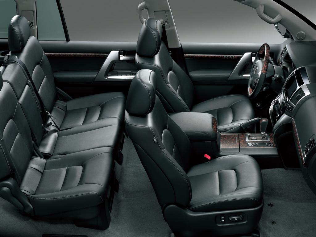 Toyota Land Cruiser 2015 46 Vxr In Uae New Car Prices Specs Interior