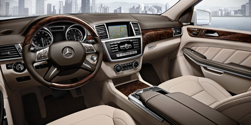 mercedes benz gl class 2015 gl 500 in uae new car prices specs reviews photos yallamotor. Black Bedroom Furniture Sets. Home Design Ideas