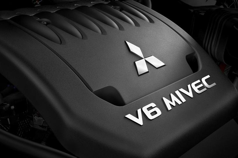 Car Pictures List for Mitsubishi Outlander 2015 GLX (UAE ...