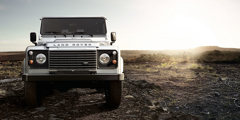 2015 land rover defender prices in bahrain gulf specs reviews for manama yallamotor. Black Bedroom Furniture Sets. Home Design Ideas