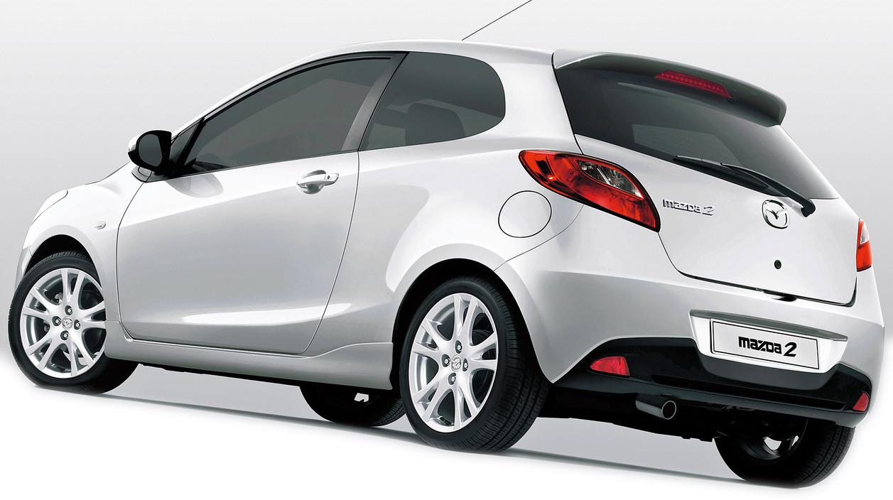 mazda 2 2012 4 door 1 5l in uae new car prices specs. Black Bedroom Furniture Sets. Home Design Ideas