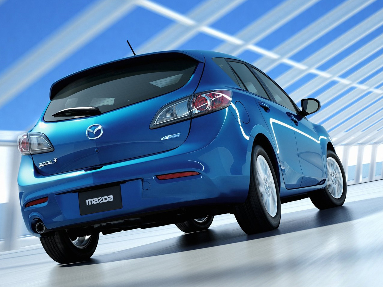 Kelebihan Kekurangan Mazda 3 2011 Harga
