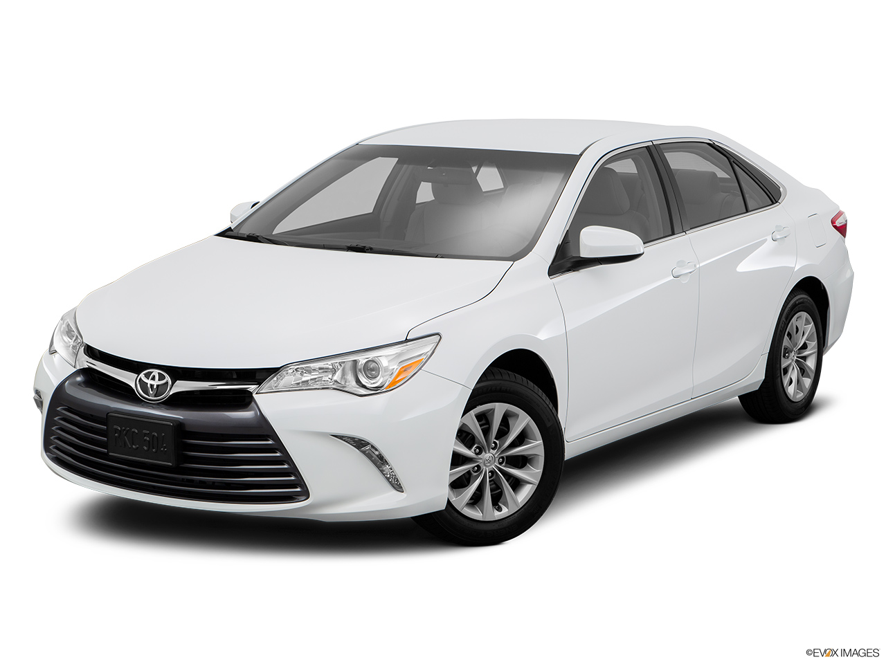 2016 toyota camry prices in qatar gulf specs reviews. Black Bedroom Furniture Sets. Home Design Ideas