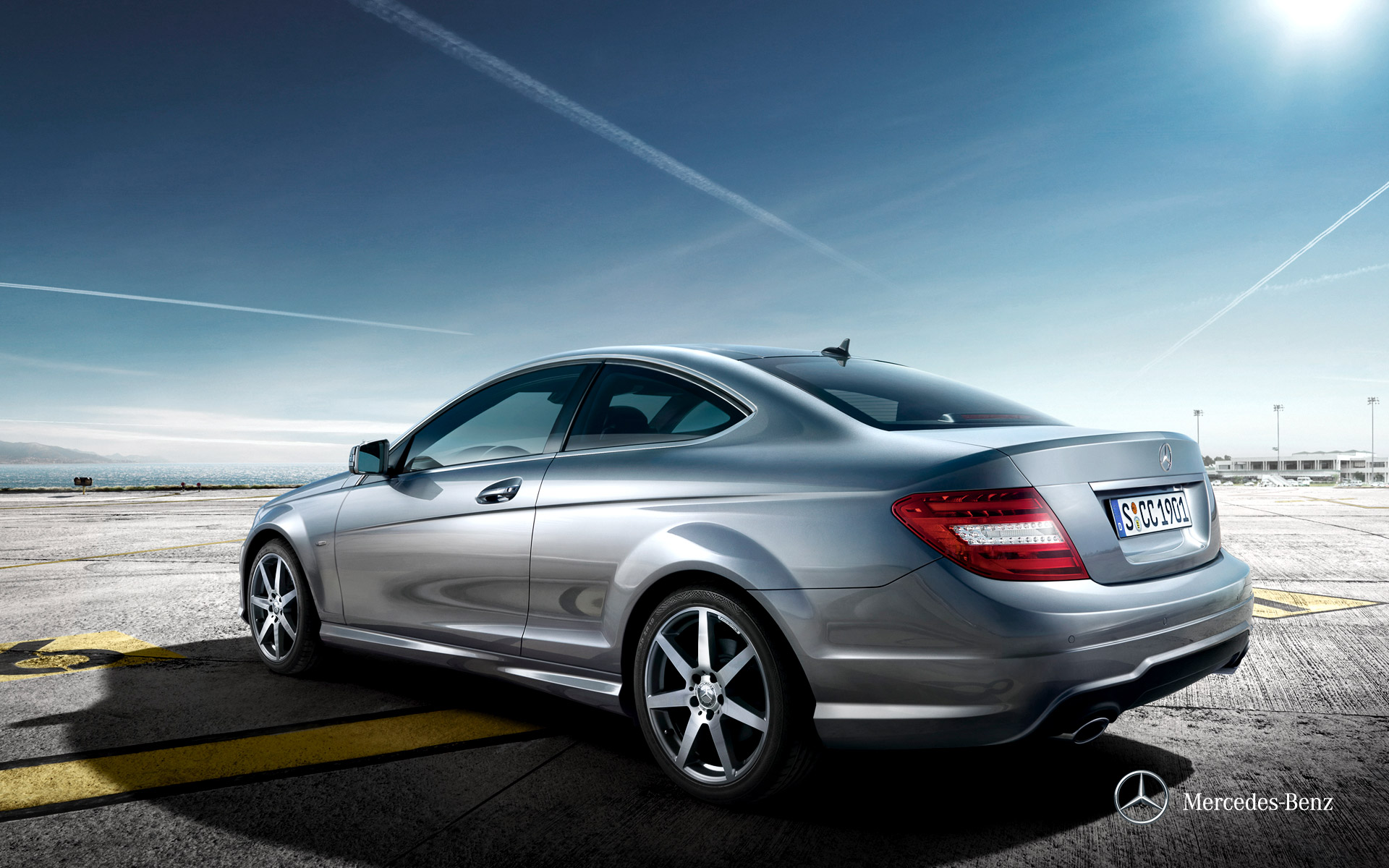 Mercedes benz c class 2012 c 200 in uae new car prices for Mercedes benz c classes