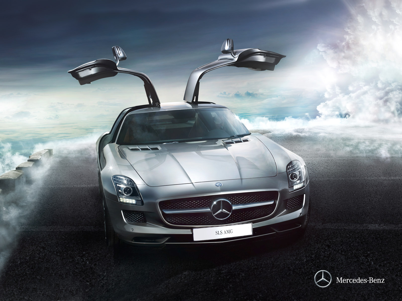 Mercedes benz sls amg 2012 sls coupe in bahrain new car for Mercedes benz bahrain