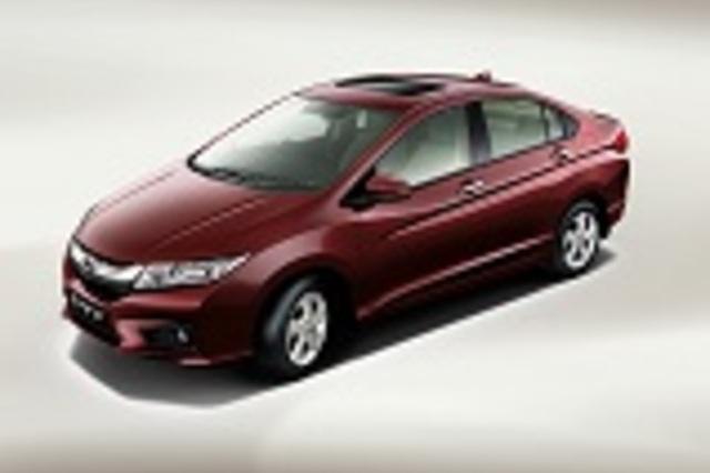 Honda City 2016 VS Toyota Yaris Sedan 2017. Car Compare