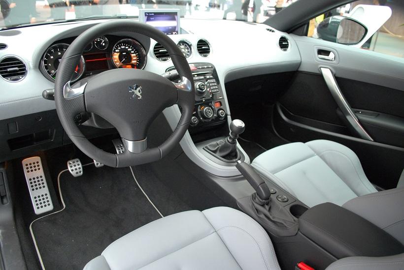 Car Features List for Peugeot RCZ 2012 6 Speed Automatic (Kuwait ...