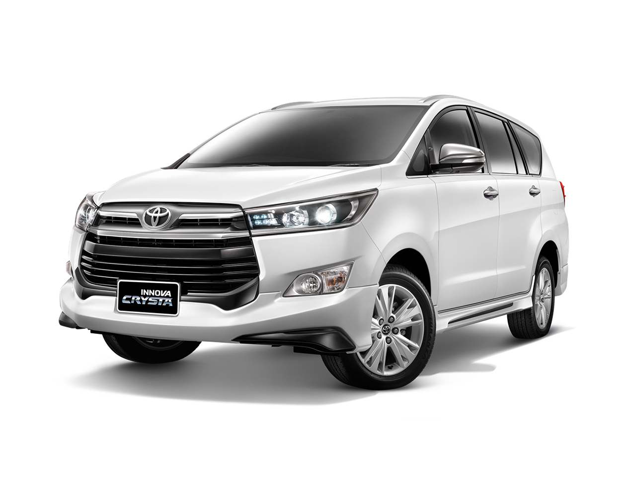 2017 Toyota Innova Prices in Bahrain, Gulf Specs & Reviews ...