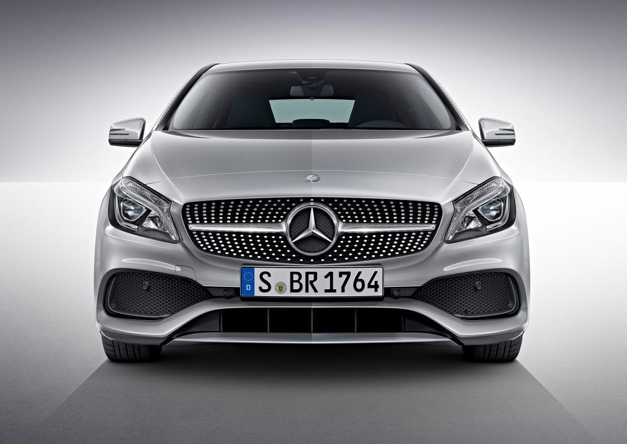 mercedes benz a class 2017 a 250 sport in kuwait new car. Black Bedroom Furniture Sets. Home Design Ideas