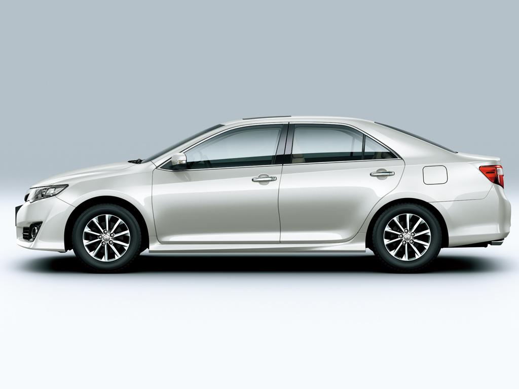 Toyota camry 2012 4 door 2 5l saudi arabia