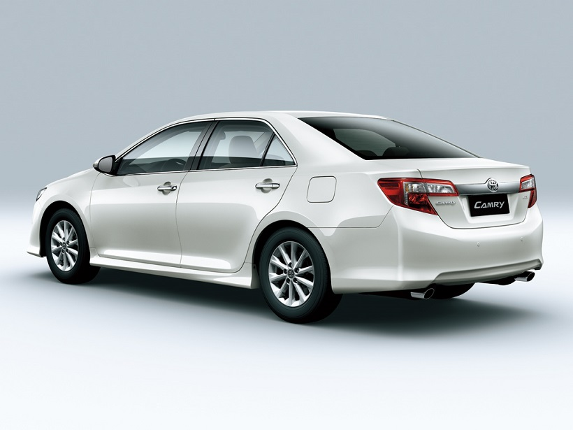 Toyota Camry 2012 4 Door 2 5l In Uae New Car Prices Specs Reviews
