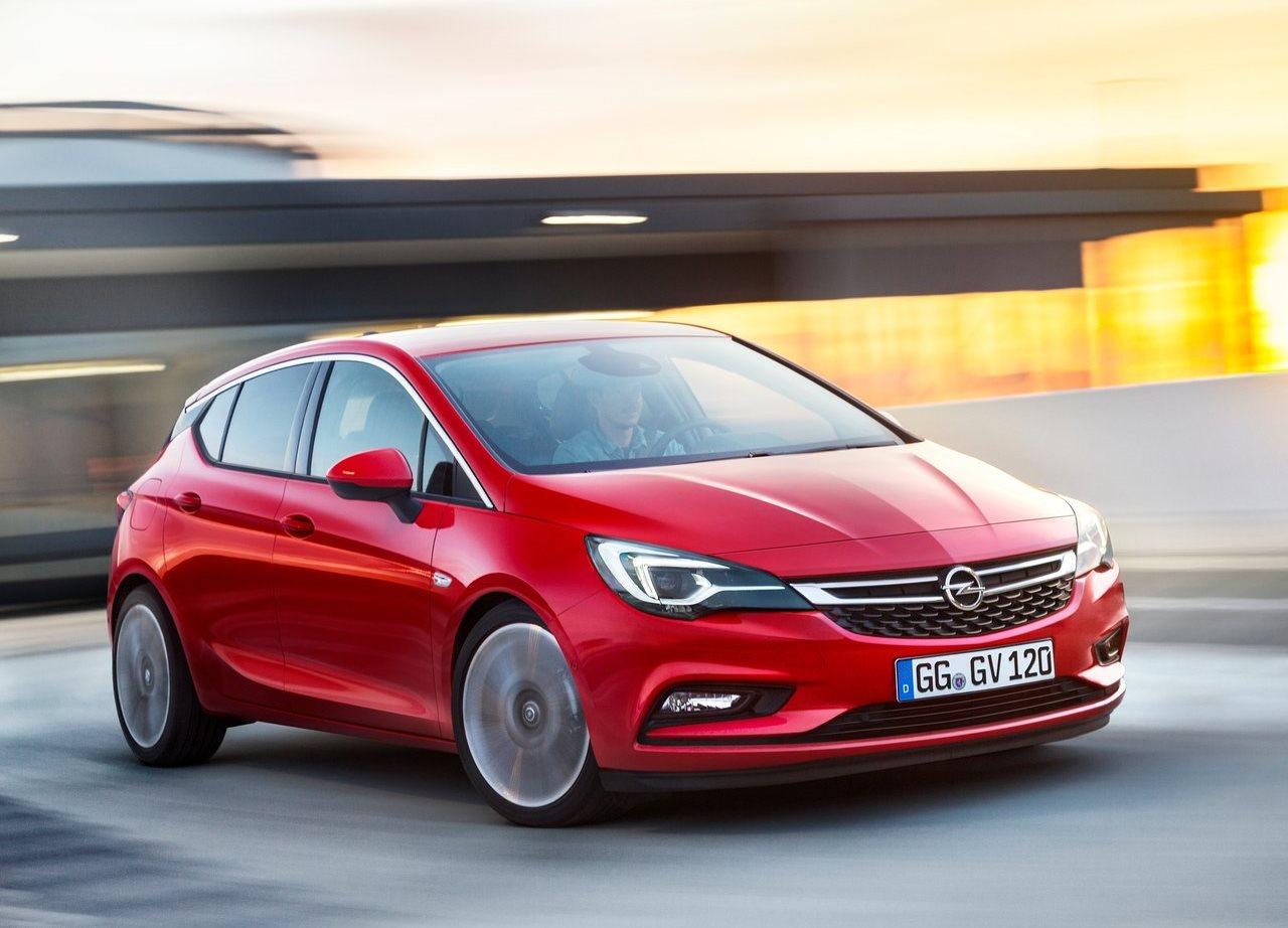 Opel Astra Hatchback 2017 GTC in UAE: New Car Prices, Specs, Reviews & Photos | YallaMotor