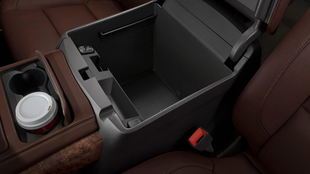 Chevrolet Tahoe Midnight Edition 2017 LT in Oman: New Car ...