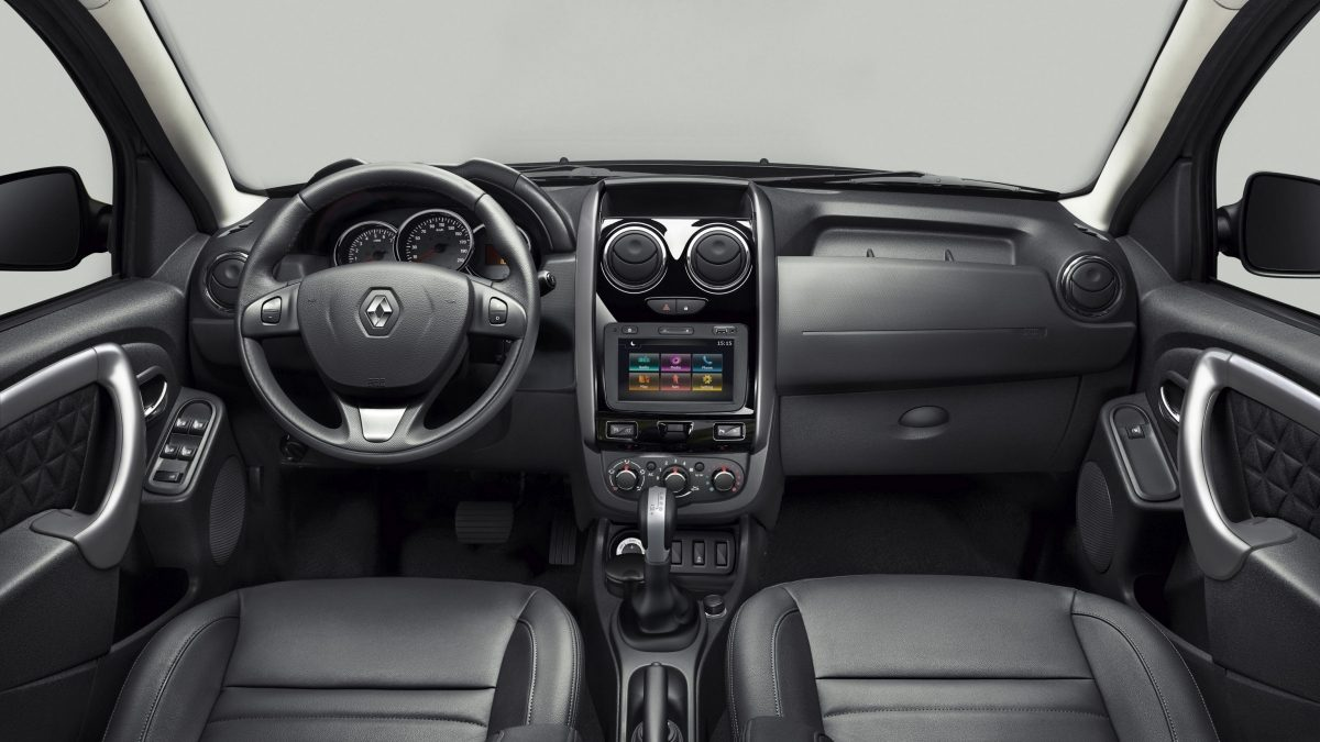 renault duster   pe   uae  car prices specs reviews  yallamotor