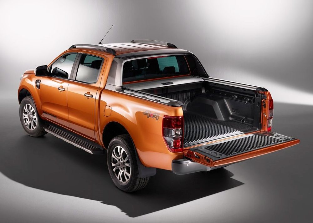 ford ranger 2018 3 2l wild trak 4x4 in uae new car prices specs reviews photos yallamotor. Black Bedroom Furniture Sets. Home Design Ideas