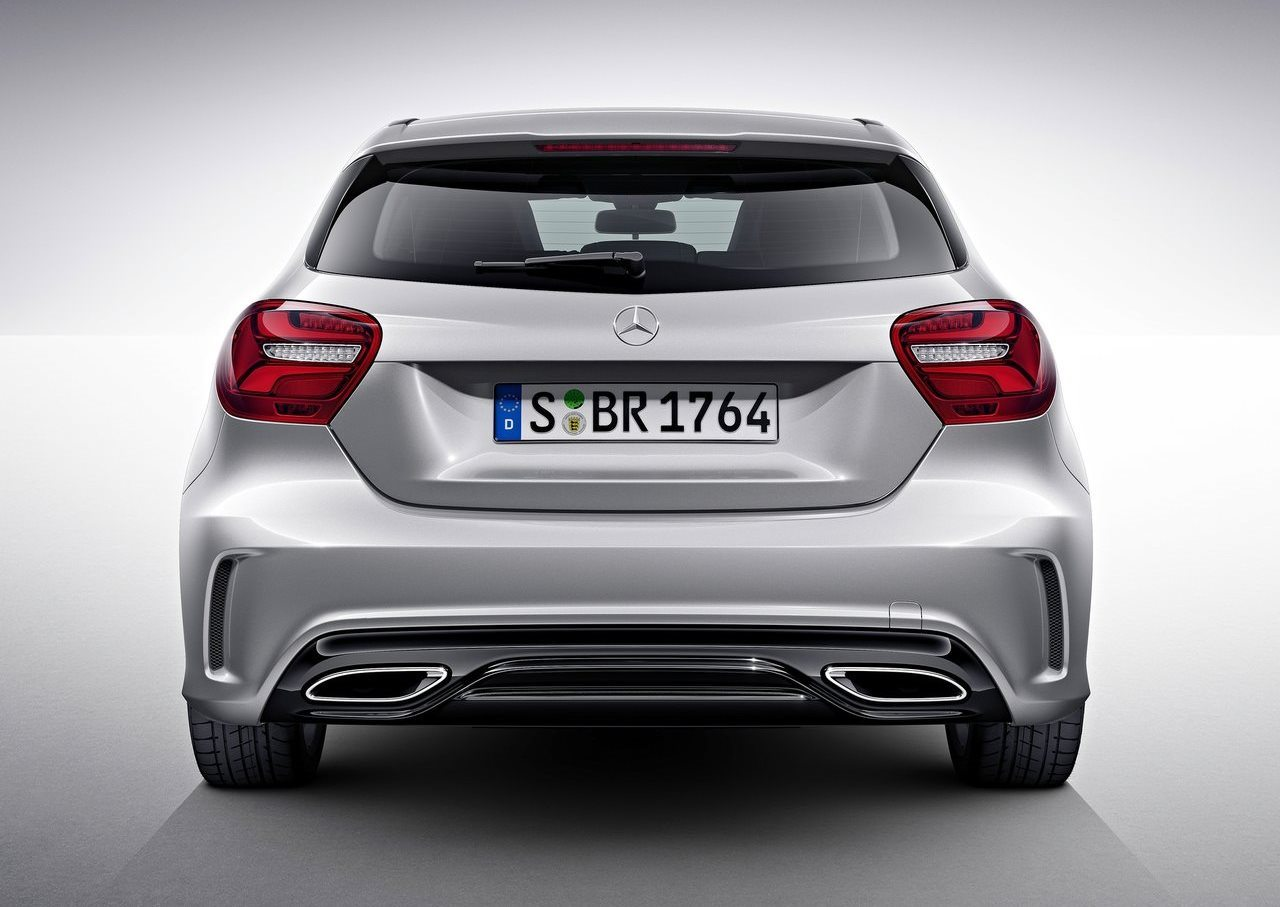 mercedes benz a class 2018 a 250 sport in uae new car prices specs reviews photos yallamotor. Black Bedroom Furniture Sets. Home Design Ideas