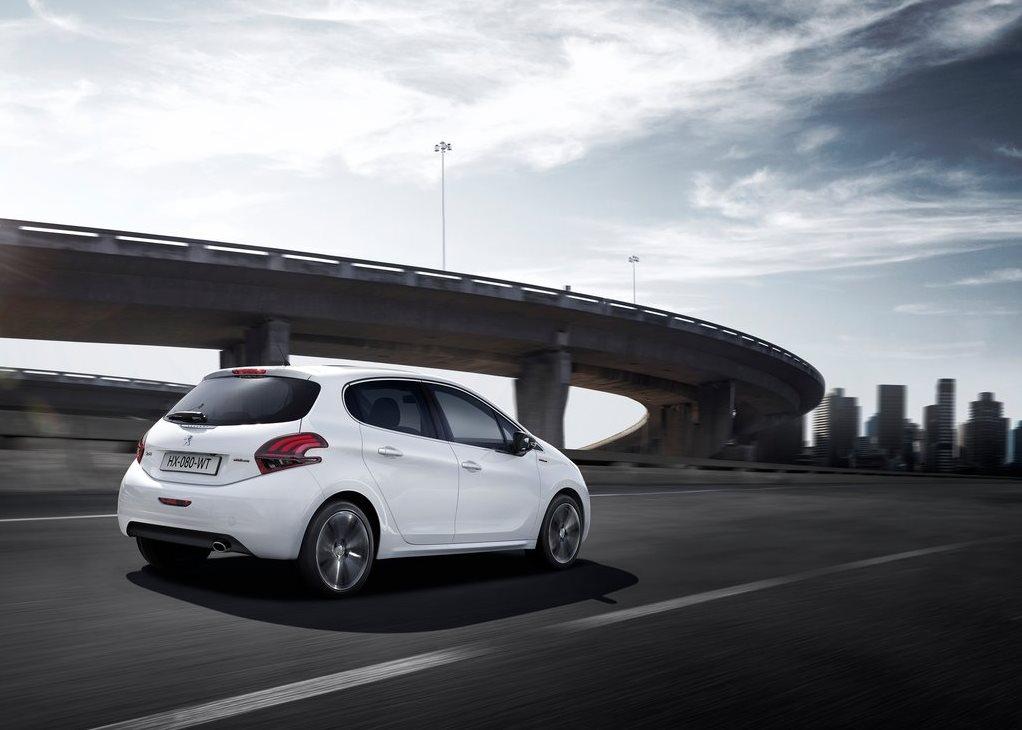 Car Features List For Peugeot 208 2018 1.6L GT Line (UAE