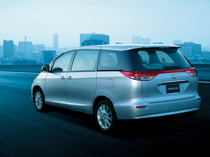 Toyota Previa 2018 2 4l Se In Uae New Car Prices Specs