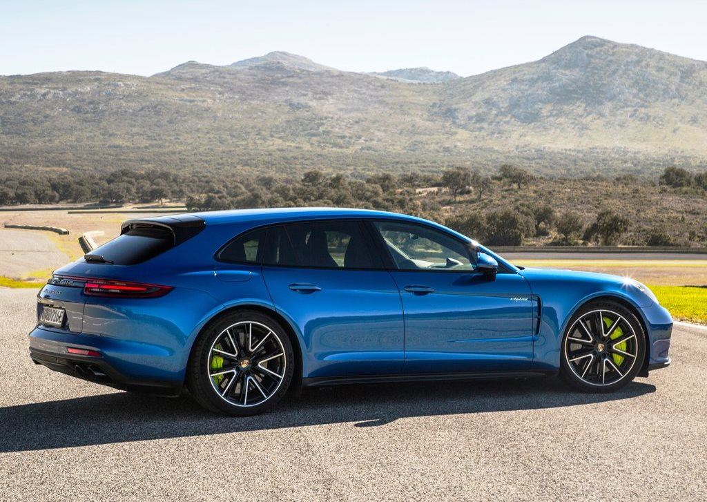 Porsche Panamera Sport Turismo 2018 4s In Uae New Car