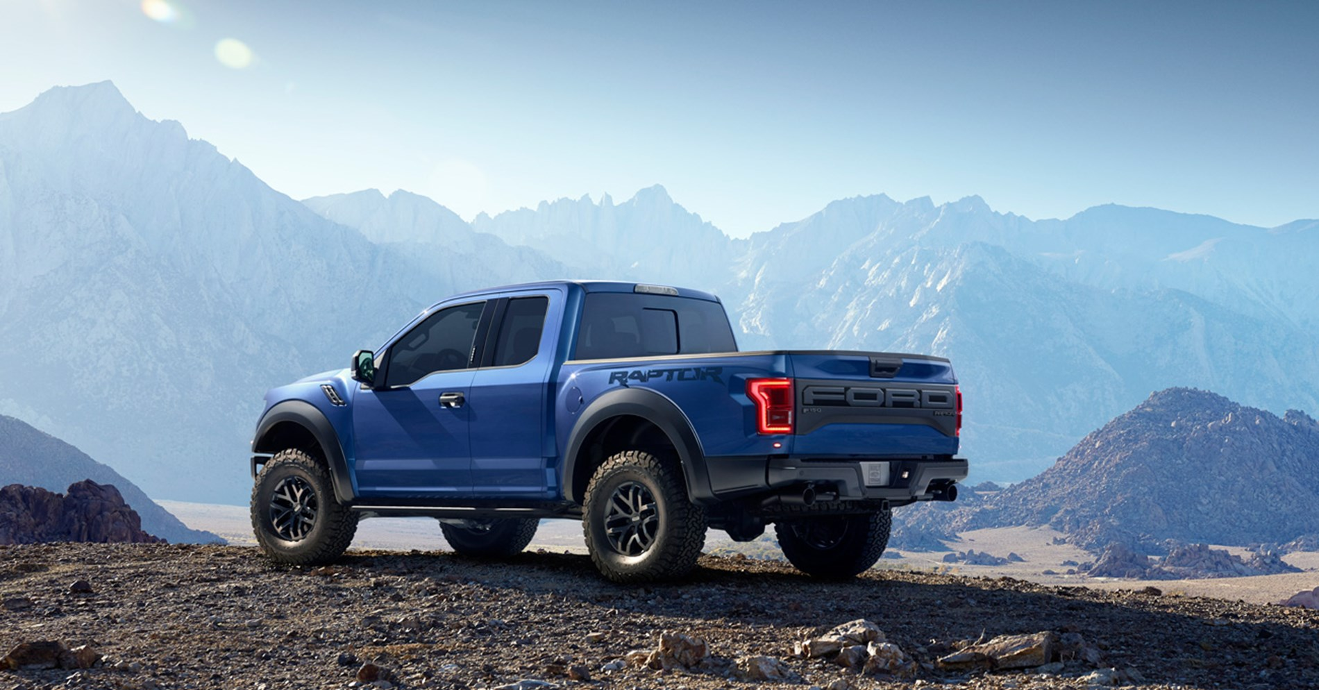 ford f 150 raptor 2018 3 5l ecoboost super cab mid range in uae new car prices specs reviews. Black Bedroom Furniture Sets. Home Design Ideas