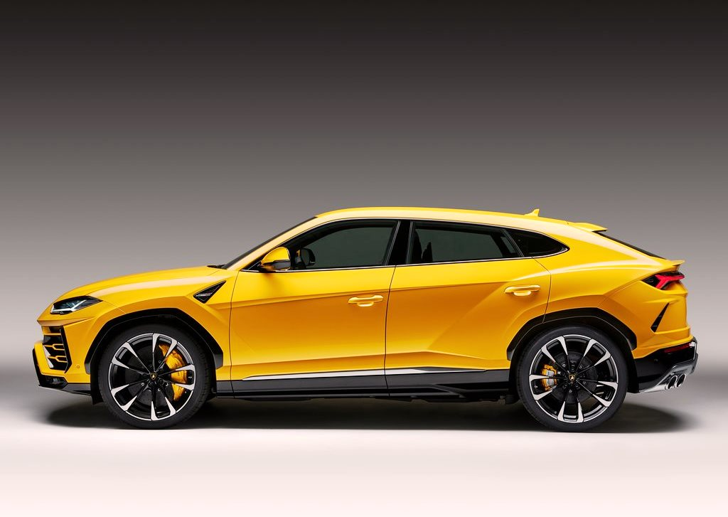 2018 lamborghini urus prices in uae gulf specs reviews. Black Bedroom Furniture Sets. Home Design Ideas