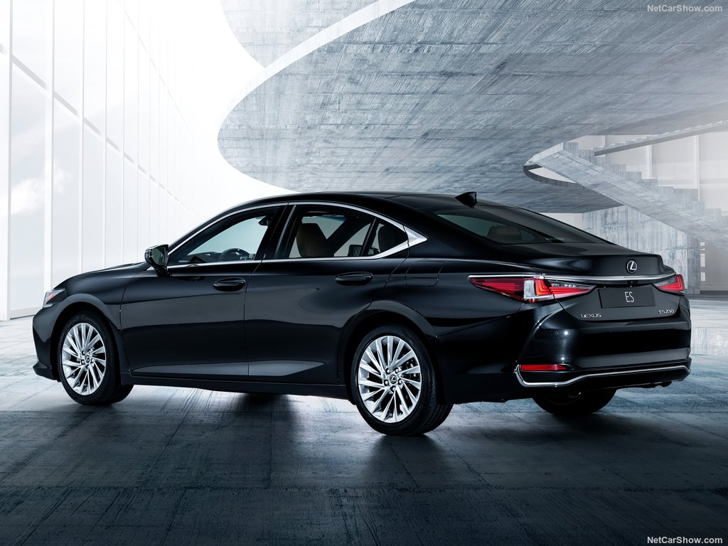 Car Pictures List For Lexus ES 2019 350 Platinum UAE