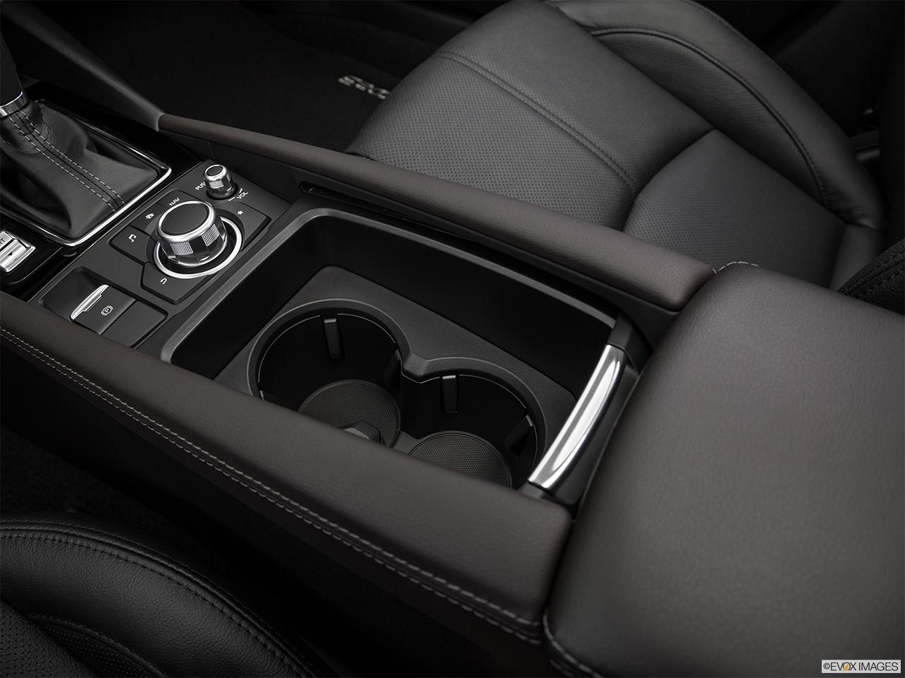 Mazda 3 Sedan 2019, Saudi Arabia