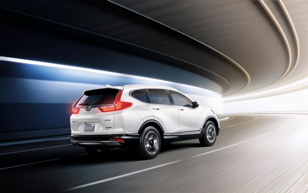Honda CR-V 2019 Touring AWD in Qatar: New Car Prices, Specs, Reviews & Photos   YallaMotor