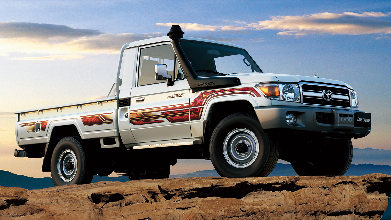 car features list for toyota land cruiser pick up 2019 4. Black Bedroom Furniture Sets. Home Design Ideas