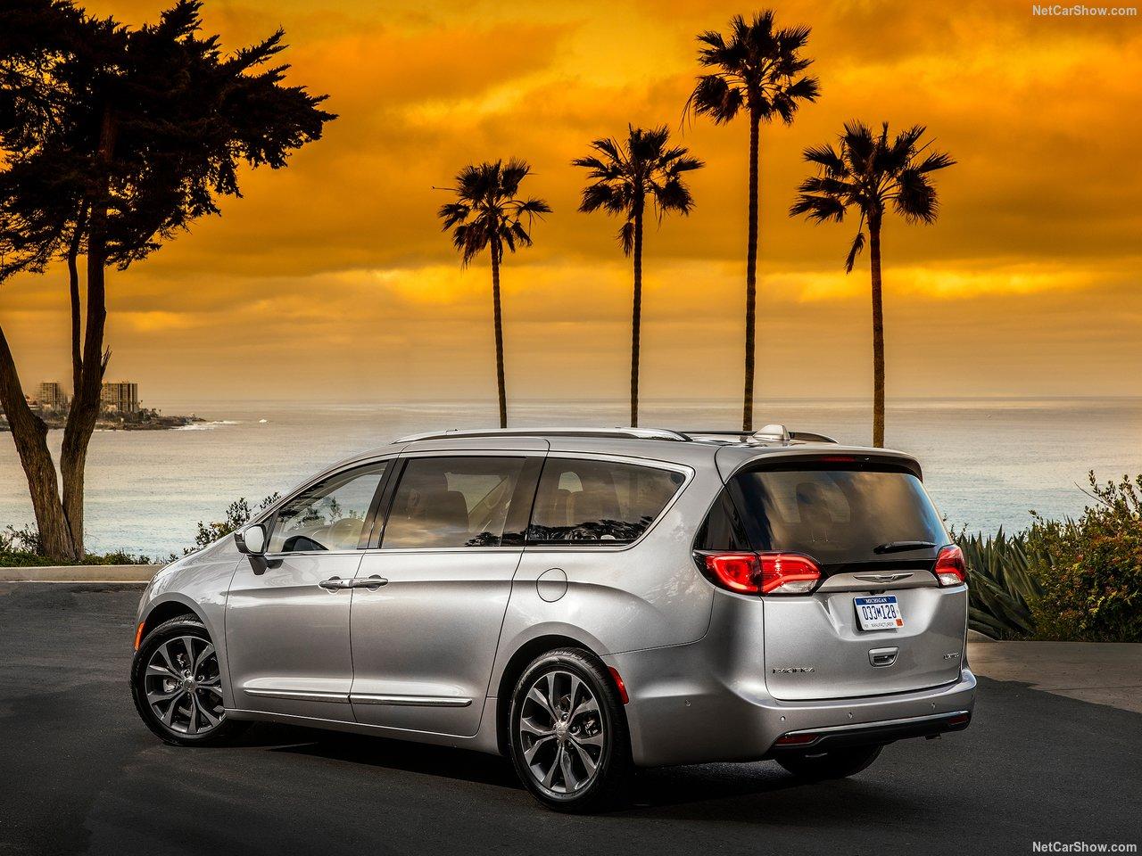 Chrysler Pacifica 2020 3.6L V6 Touring L in UAE: New Car ...