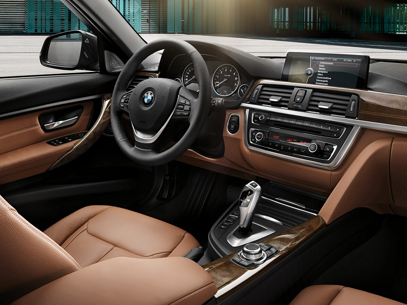 BMW 3 Series Sedan 2012 328i in UAE: New Car Prices, Specs, Reviews
