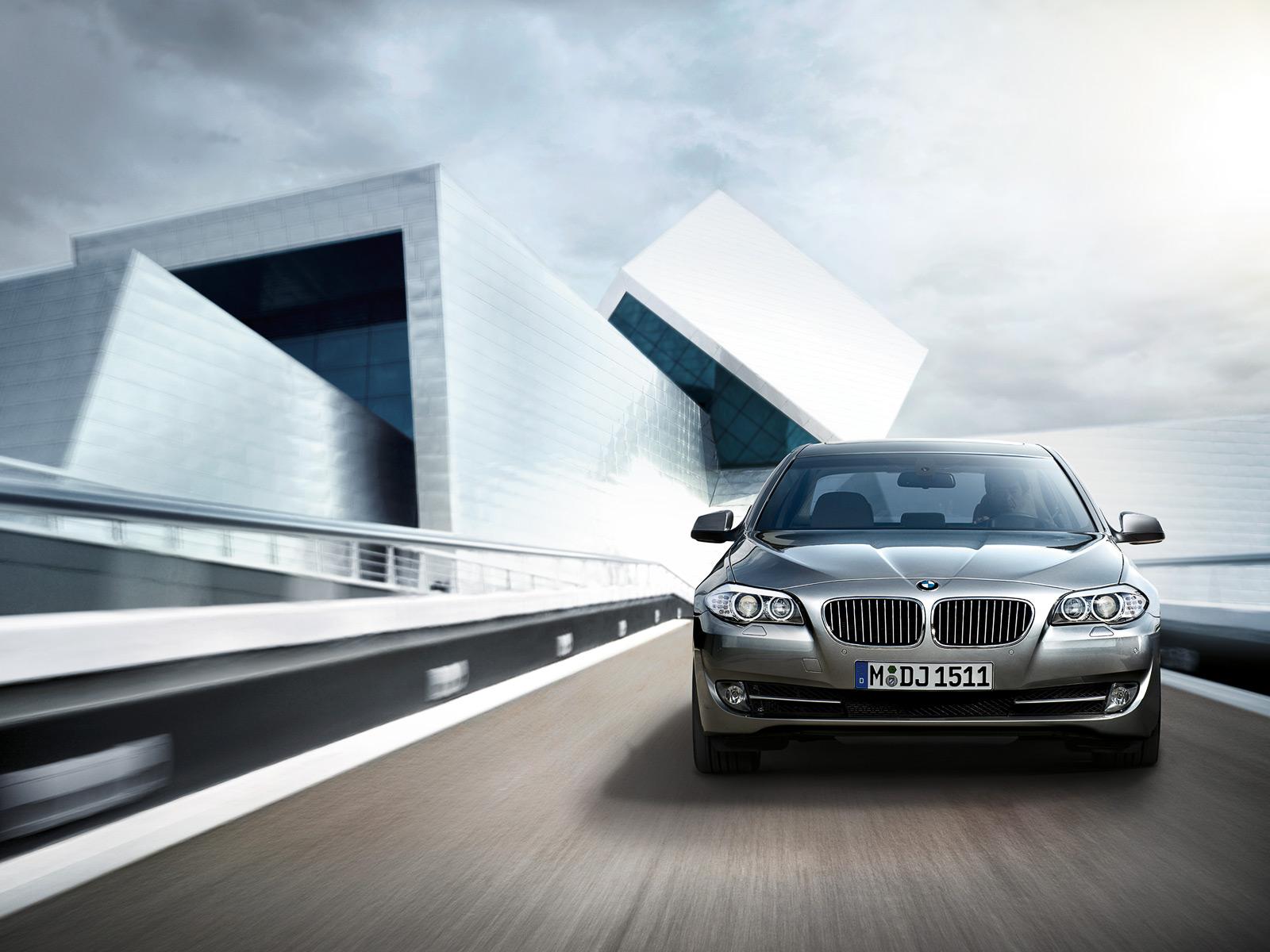 BMW Series Sedan I In UAE New Car Prices Specs - 2012 bmw 530i