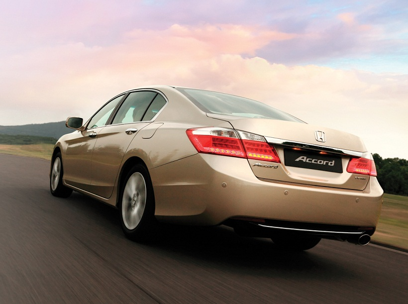 Honda Accord 2013 3.5L V6 EX, United Arab Emirates