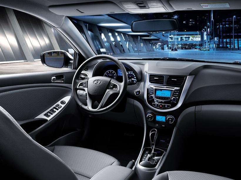 Hyundai Accent 2013 1.4L , Oman