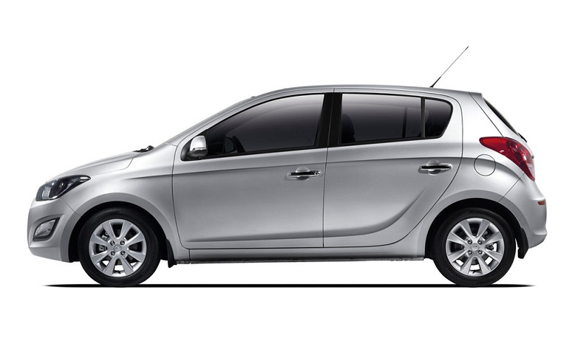 hyundai i20 2013 1 4l in oman new car prices specs reviews photos yallamotor. Black Bedroom Furniture Sets. Home Design Ideas