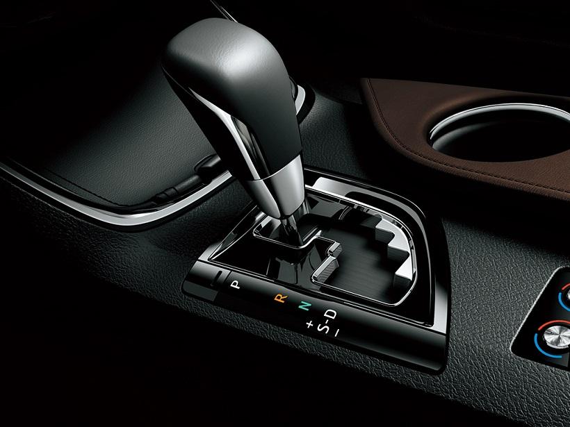 Car Features List For Toyota Avalon 2013 S Uae Yallamotor