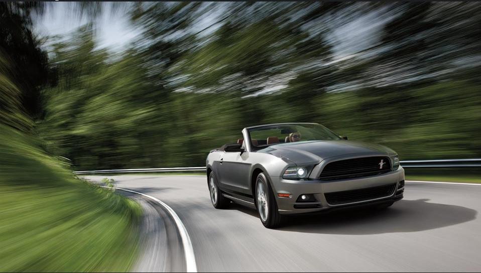 Ford Mustang V  L Premium Qatar