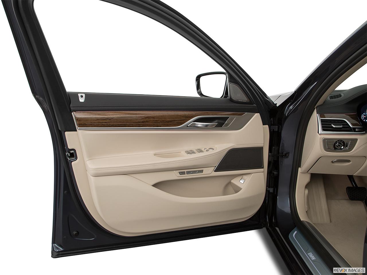 Bmw 7 Series 2018 750li In Uae New Car Prices Specs
