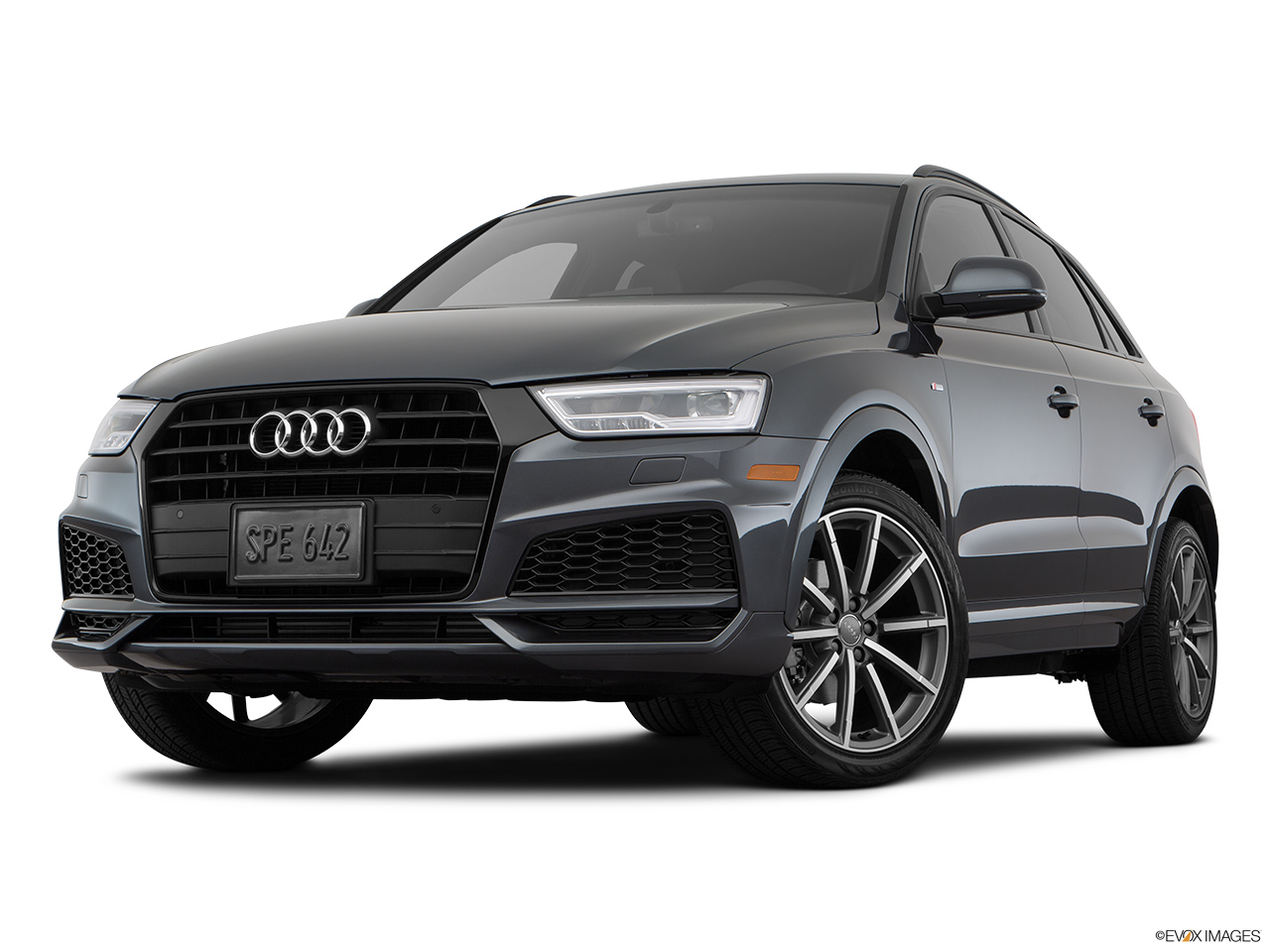 car pictures list for audi q3 2018 30 tfsi design 150 hp egypt yallamotor. Black Bedroom Furniture Sets. Home Design Ideas