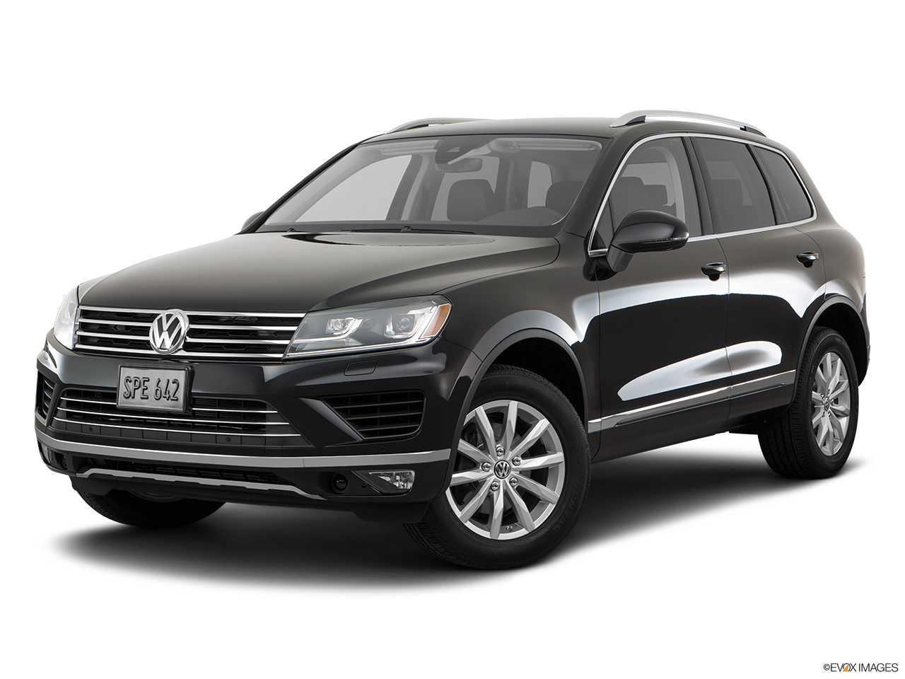 car pictures list for volkswagen touareg 2018 3 6l s qatar yallamotor. Black Bedroom Furniture Sets. Home Design Ideas