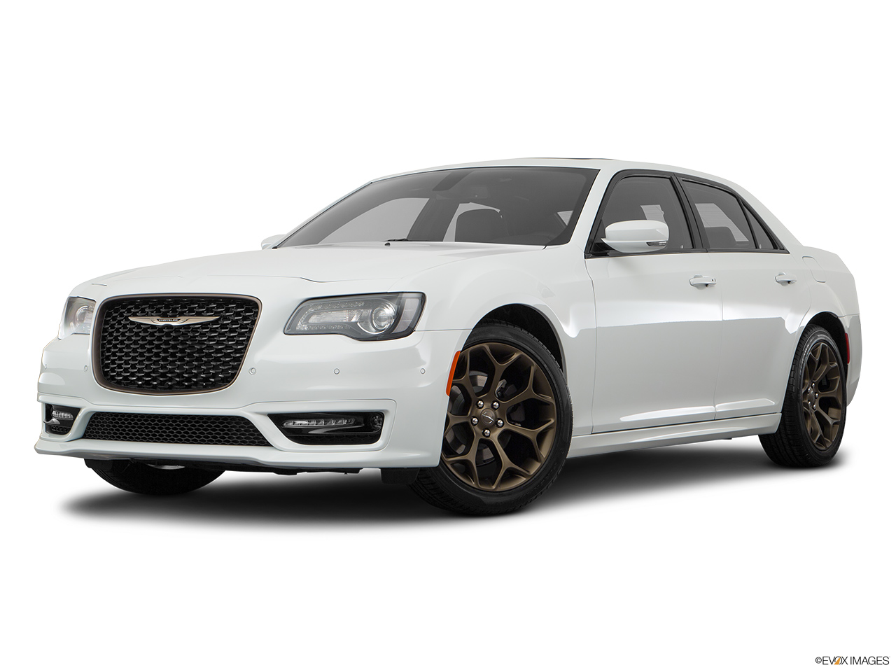 chrysler 300c 2018 3 6l plus in bahrain new car prices specs reviews photos yallamotor. Black Bedroom Furniture Sets. Home Design Ideas