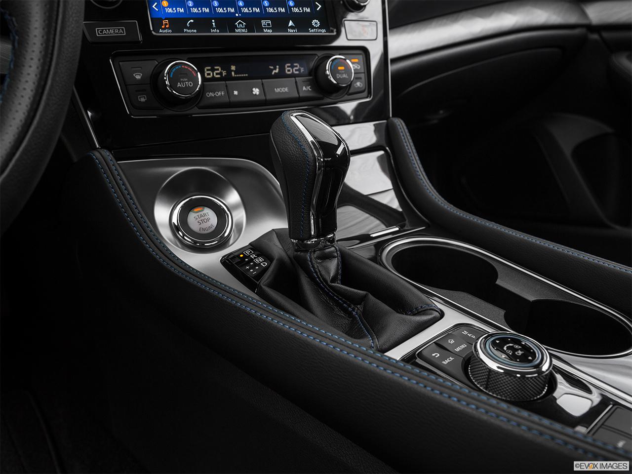 Car pictures list for nissan maxima 2018 3 5l sv kuwait for Mercedes benz of denver glendale co