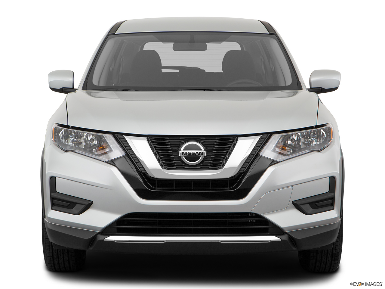 Nissan X-Trail 2018, United Arab Emirates, Low/wide front.